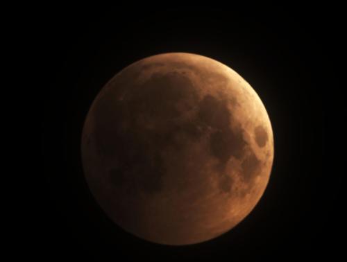 Lunar Eclipse by Tom Traub 20190120